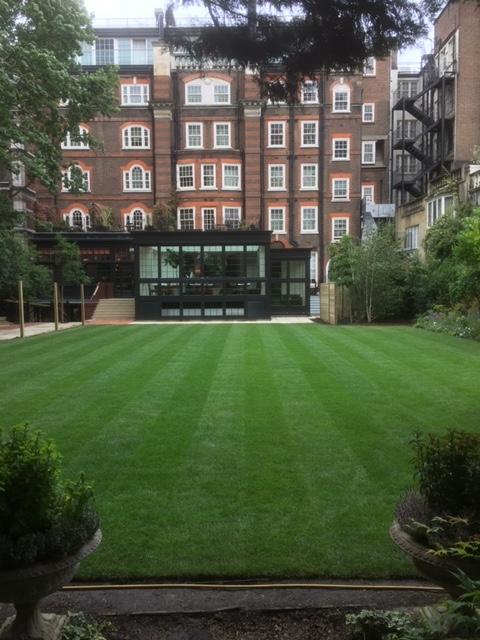 Goring Hotel Landscaping